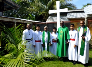 Rev Elo (1st from right) and Br. Matthias (3rd from right) with Palawan Brothers and Novices
